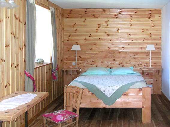 Decoration chambre raiponce 064040 la for Chambre d hotes paca