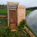 Toilette sèche en bois